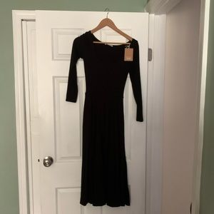 Long-sleeve black dress Reformation Jeans